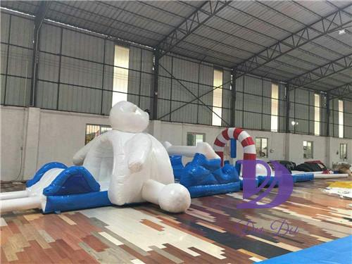 New design north pole animal theme inflatable water obstacle course for sale